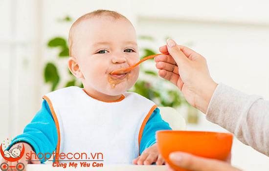 Bé ăn dặm - Cẩm nang Ăn Dặm chuẩn và đủ từ A đến Z giúp Mẹ Nhàn Tênh!